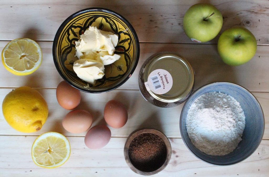 ingredientes bizcocho manzana jugoso